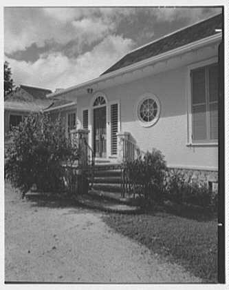 Dr. & Mrs. Matthew Mellon, residence at Runaway Bay, Jamaica, British West Indies. Entrance II
