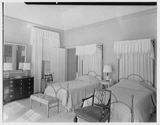 Dr. & Mrs. Matthew Mellon, residence at Runaway Bay, Jamaica, British West Indies. Guest room with spreads
