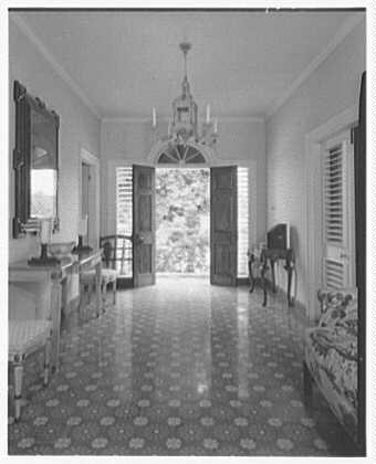 Dr. & Mrs. Matthew Mellon, residence at Runaway Bay, Jamaica, British West Indies. Hall