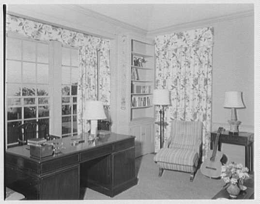 Dr. & Mrs. Matthew Mellon, residence at Runaway Bay, Jamaica, British West Indies. Dr. Mellon's room
