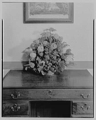 Williamsburg, Virginia, Wythe house. Upper hall arrangement