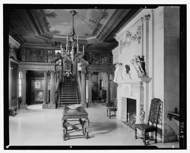 John S. Phipps Manor House, residence, Old Westbury Gardens, Old Westbury, Long Island. Entrance hall