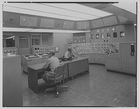 Public Service of New Jersey, Bergen station. Control room