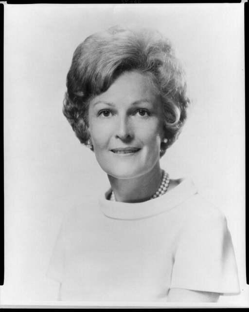 [Mrs. Richard M. Nixon, head-and-shoulders portrait, facing front]