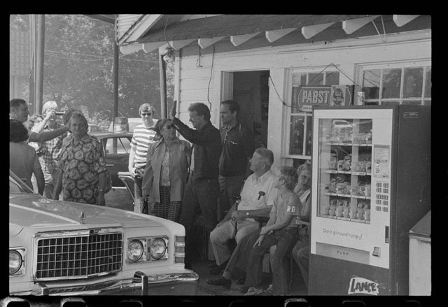 [Jimmy Carter makes a campaign stop at his brother Billy's gas station in their hometown of Plains, Georgia]