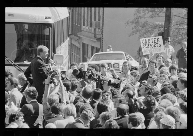 [Jimmy Carter speaking to a crowd at a campaign stop in Pittsburgh, Pennsylvania]
