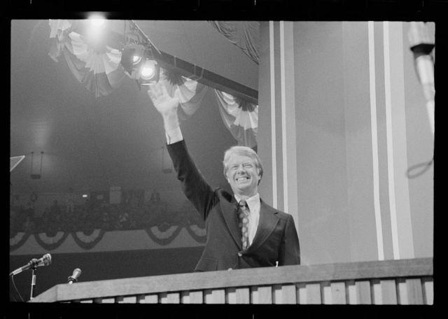 [Jimmy Carter waving at the Democratic National Convention, New York City]