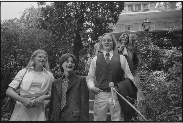 [Senator Walter Mondale's children, (l-r) Eleanor, William and Teddy, standing in front of their home in Washington, D.C., before leaving for the Democratic National Convention in New York City] / MST.