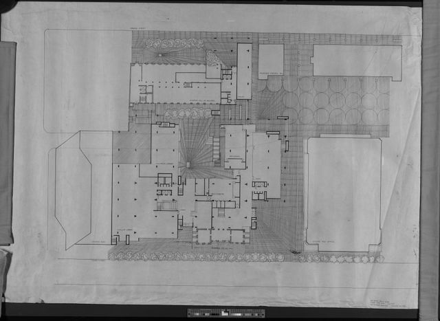 [New Haven Government Center, New Haven, Connecticut. First floor plan with plazas]