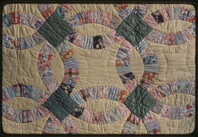 Double Wedding Ring quilt, detail