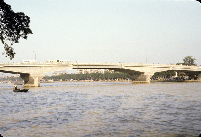 [Bridge spanning the Pearl River in China, during rush hour]