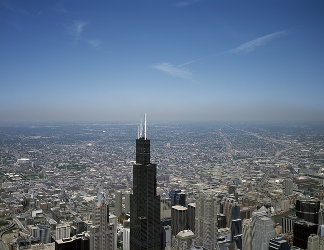 Aerial view of Chicago, Illinois, with a focus on Willis Tower, long known as Sears Tower