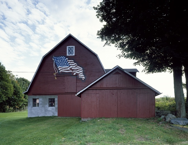 Barn with a patriotic touch