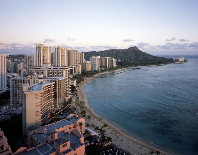 Beautiful day below Diamond Head at Waikiki Beach in Honolulu, Hawaii