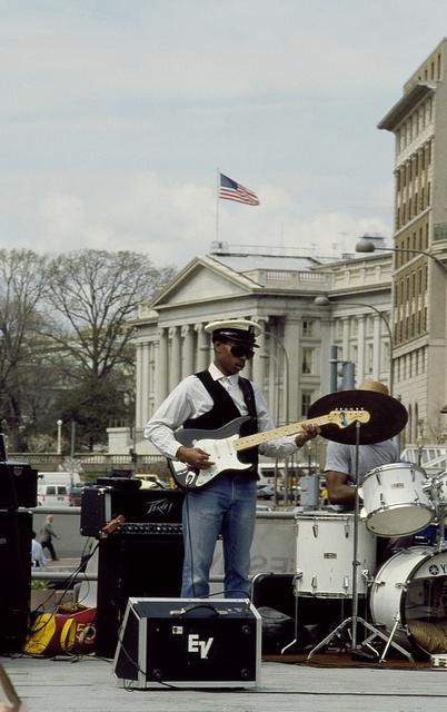 Entertainer on Pennsylvania Avenue during a concert, Washington, D.C.
