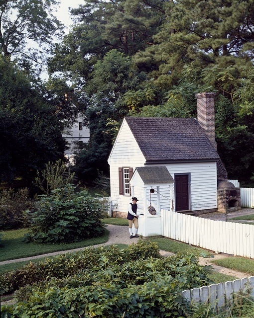 Garden and cottage at Colonial Williamsburg, Virginia