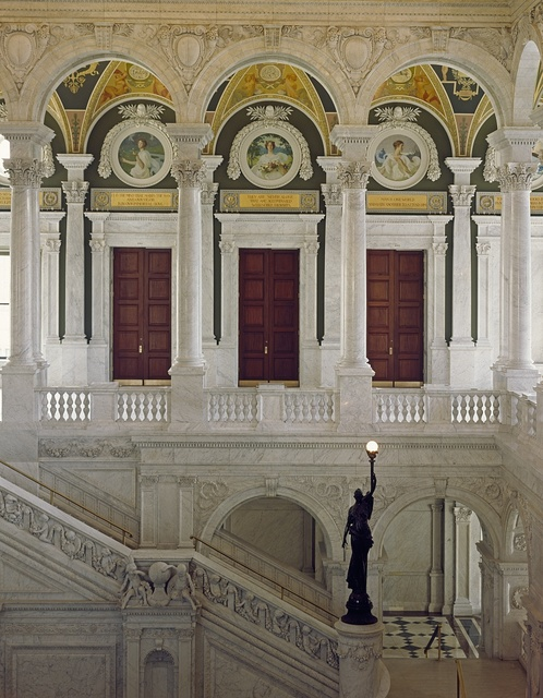 Grand staircase heading from the Great Hall of the Library of Congress Thomas Jefferson Building, Washington, D.C.
