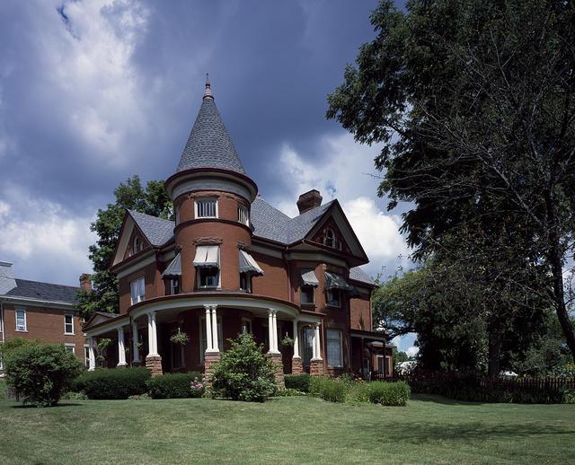 Historic house in Dubuque, Iowa