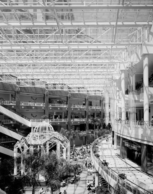 Interior of a shopping mall in Virginia