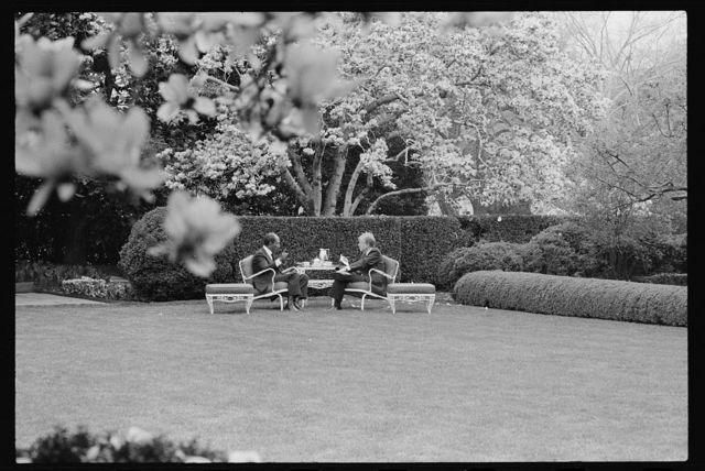 [President Jimmy Carter and Egyptian President Anwar Sadat have refreshments in the garden of the White House, Washington, D.C.]