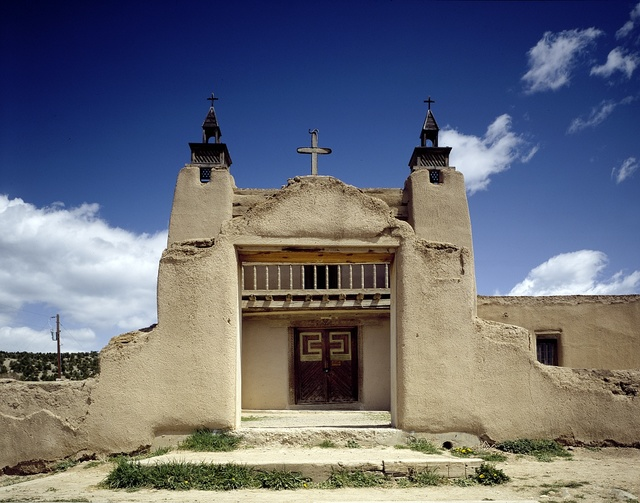 San Jose de Gracia Church, built of adobe in the 1760s in Las Trampas, New Mexico