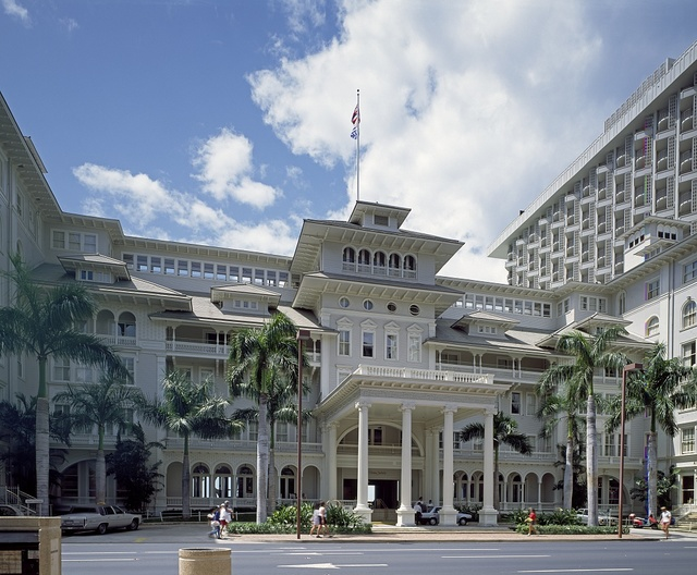 Sheraton Moana Hotel, Waikiki's first hotel, Honolulu, Hawaii