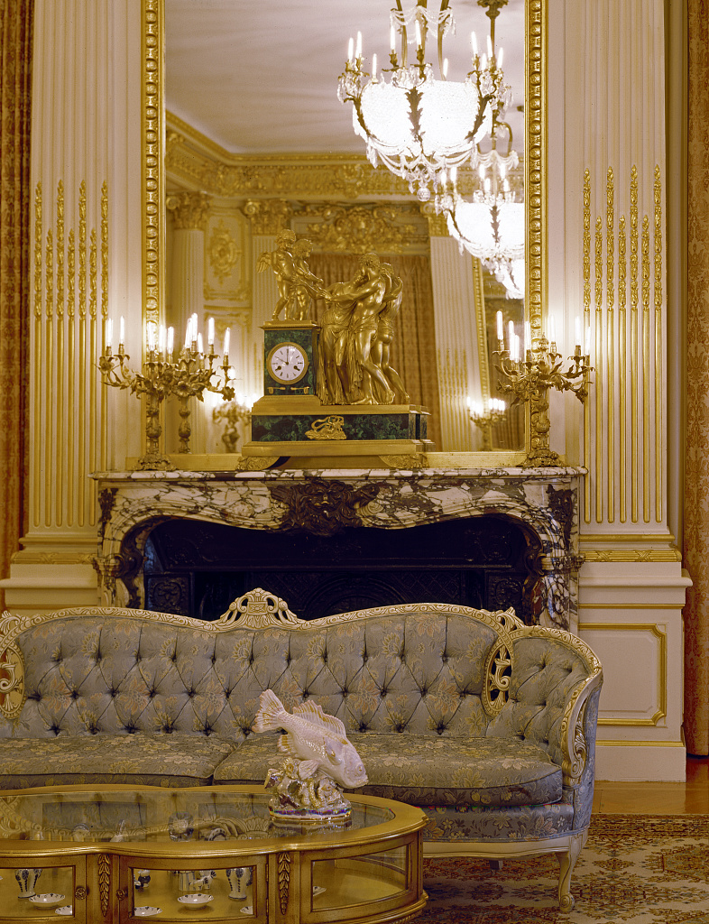 Sitting room in what was called the Chancery and Residence of the Ambassador of the Russian Republic, at a time when Russia was part of the Soviet Union. Washington, D.C.