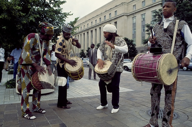 Street performers on Pennsylvania Avenue, Washington, D.C.