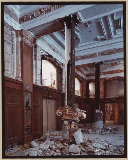 Willard Hotel, Willard Room under demolition with fallen capital and column, 1984 / C.M. Highsmith.