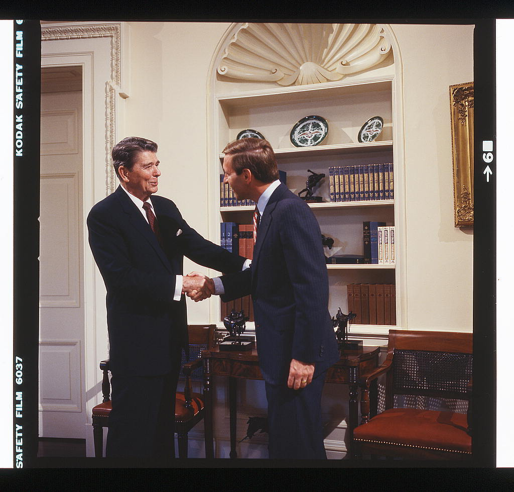 Photographs of President Ronald Reagan with Republican senatorial candidates at the White House, Washington, D.C.
