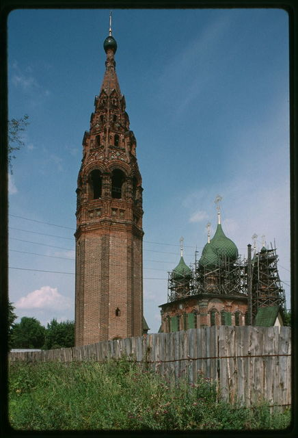 Bell tower at Korovniki (1680s), southwest view, Yaroslavl, Russia