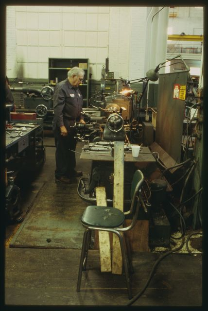 Jimmy Dowling cutting an inside radius in a small flywheel on the lathe.