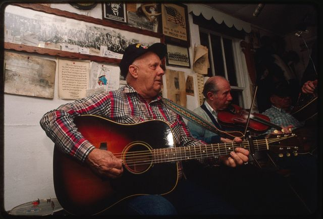 Harold Carpenter on guitar and Frazier Gills on fiddle