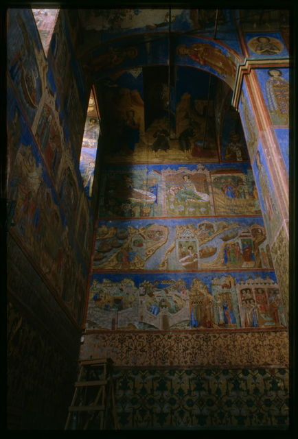 Church of Saint Nicholas Nadein (1620-22), interior, northwest corner, with frescoes of scenes from the life of Saint Nicholas, Yaroslavl', Russia