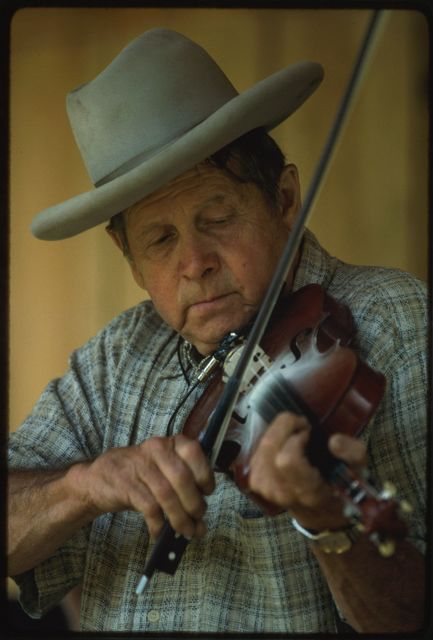 Everett Lilly fiddling at the Stanley Heirs Reunion