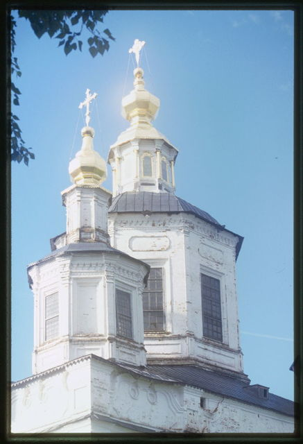 Dormition Cathedral (1652-63, 1728-32), northeast view, cupola detail, Velikii Ustiug, Russia