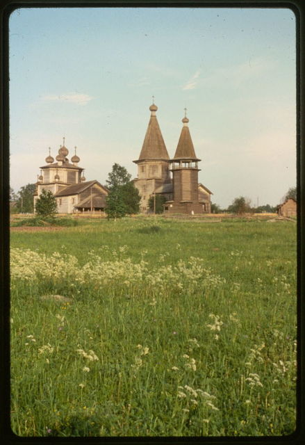 Pogost (churches and cemetery) (18th-19th centuries), northwest view, Liadney, Russia