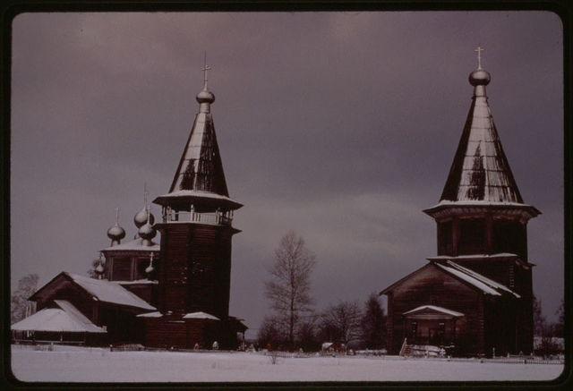 Pogost (churches and cemetery) (18th-19th centuries), west view, Liadny, Russia