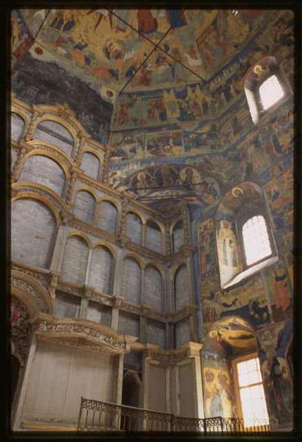 Church of John the Baptist in Roshchenie (1710-17), interior, southeast corner, with frescoes, Vologda, Russia