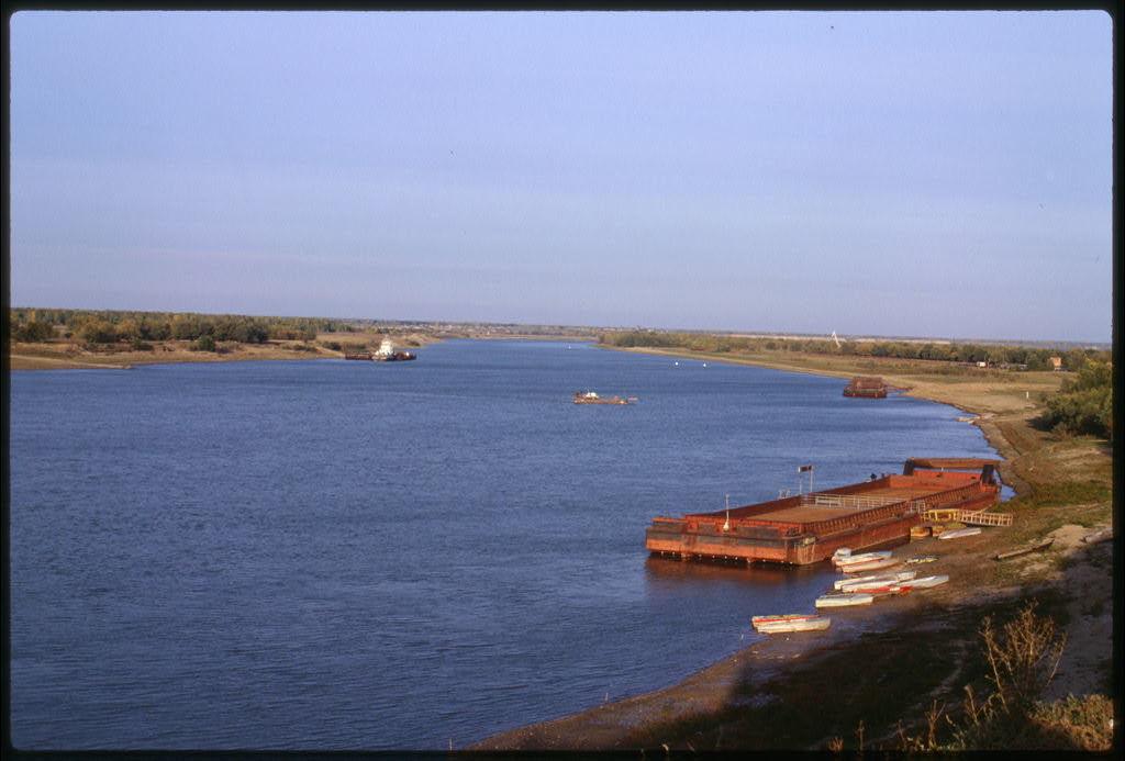 Irtysh River, ferry crossing at Bol'sherech'e, Russia