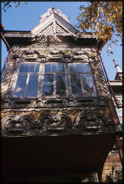 Wooden house, Krasnoarmeiskaia Street #67a (1890),facade detail, Tomsk, Russia