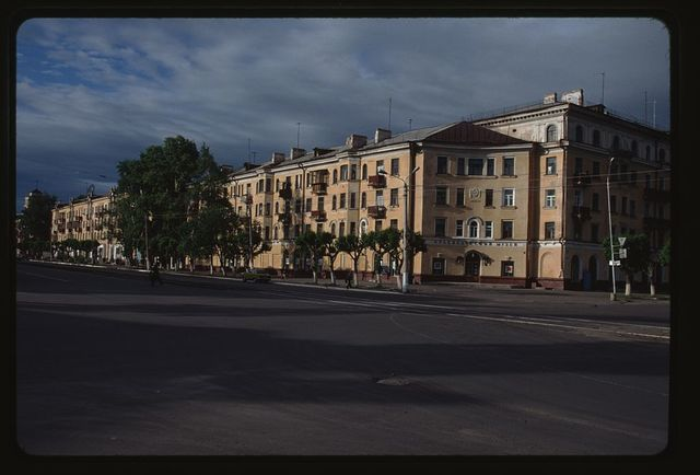 Apartment building (Peace Prospect 8), (1952), Komsomol'sk-na-Amure, Russia