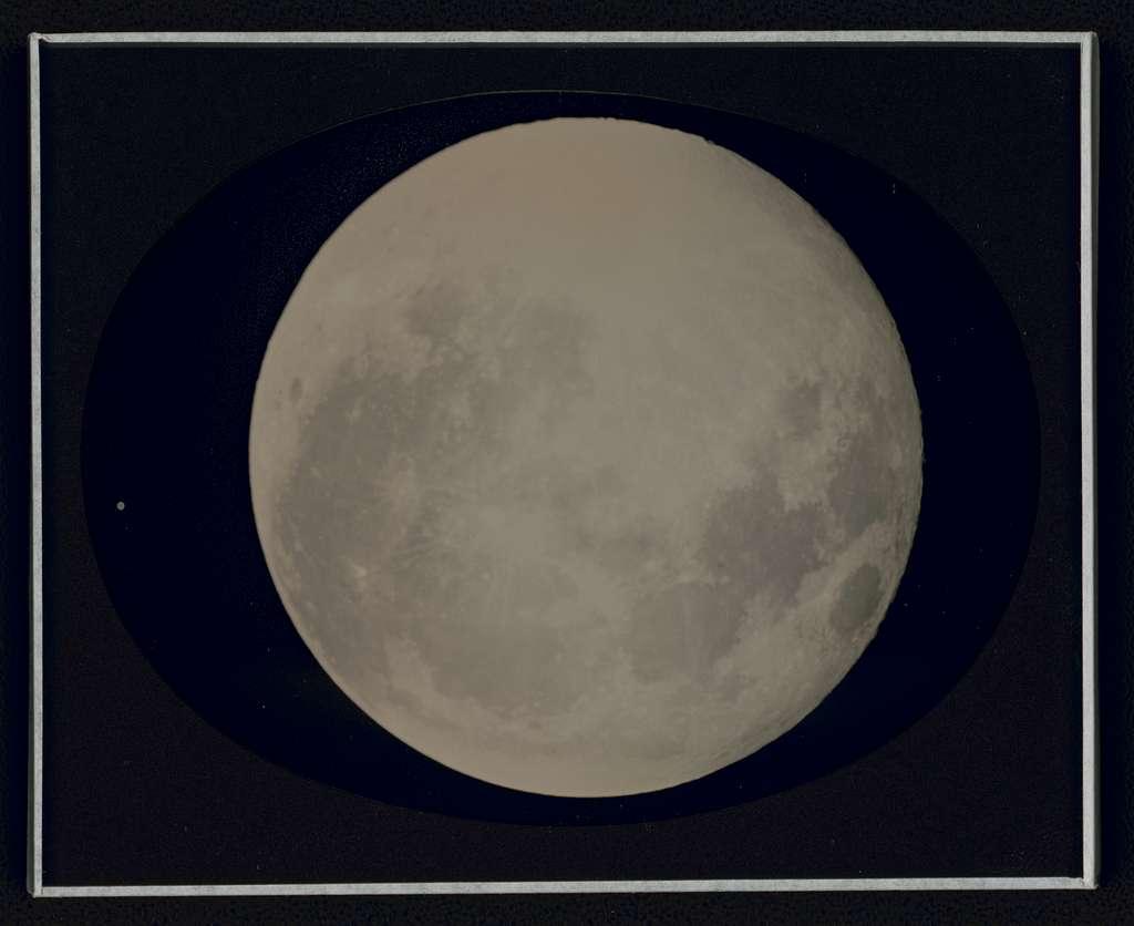 The moon (full), Santa Fe, New Mexico