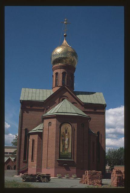 Church of Saint Basil the Great (Lenin Prospect #6), (1999), east facade, Cheliabinsk, Russia