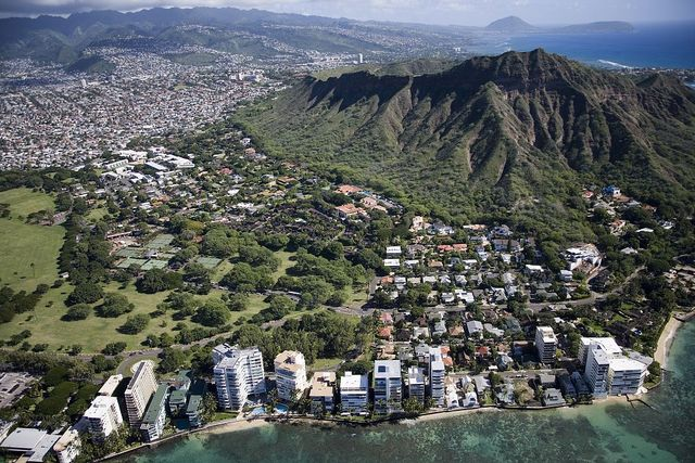 Aerial view of Waikiki Beach and Honolulu, Hawaii