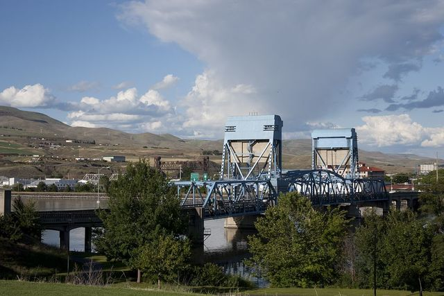 Bridge to Lewiston, Idaho