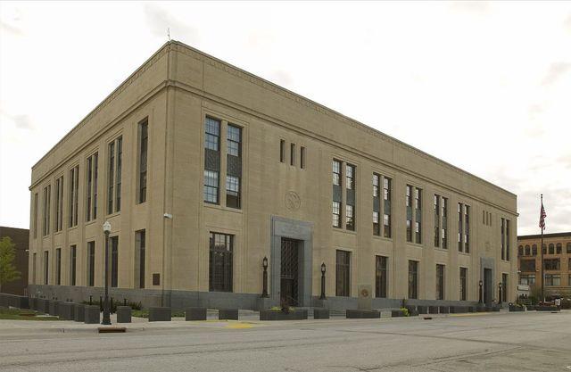 Exterior side, United States Courthouse, Davenport, Iowa