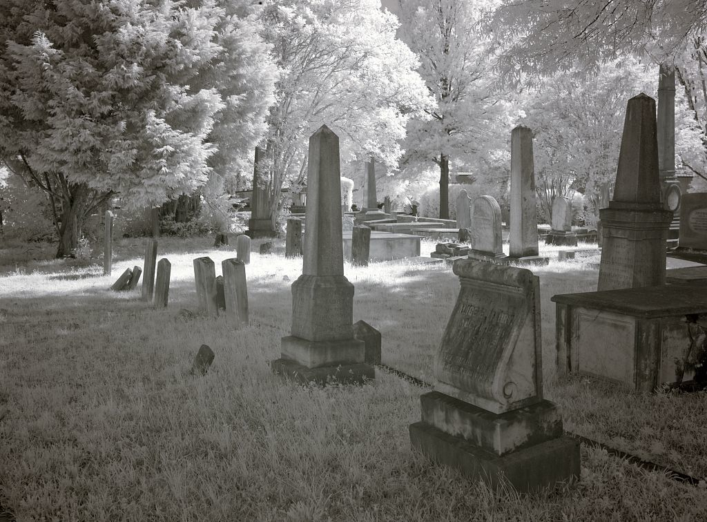 Greenwood Cemetery is the original cemetery in Tuscaloosa, Alabama