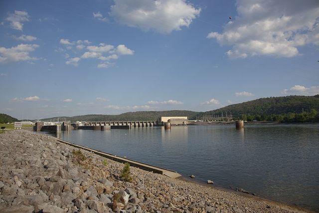 Guntersville Dam on the Tennessee River, Guntersville, Alabama