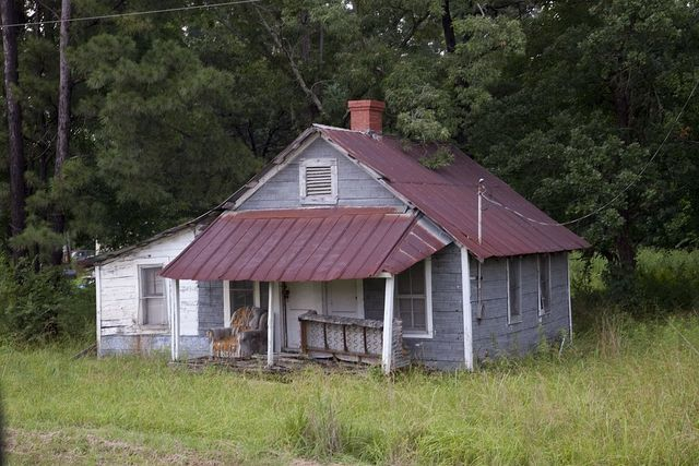 Historic house with tin roof in Eutaw, Alabama